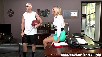 brazzers halftime live show ii 2017