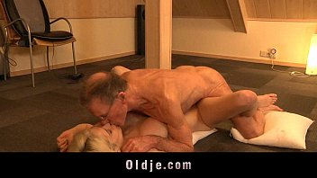 Giant Old Manmeat Ravages Kinky Girly Tiffany