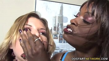 Girl-on-girl Penalty Fuck-fest With Leah Livingston And Monique