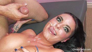 Christy Mack pipes porno et chatte photo
