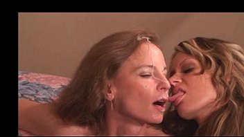 cum swallowing woman video