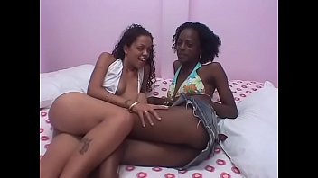 Sapphic Black Dolls Scissor Each Other In The Couch Apartment